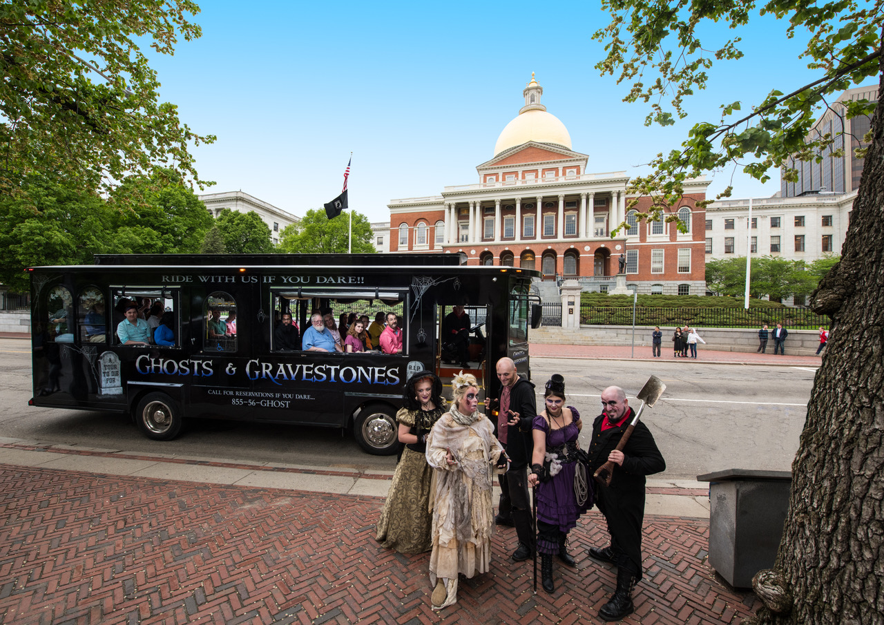 GHOSTS AND GRAVESTONES TOUR BOSTON – SAVE OVER 20%