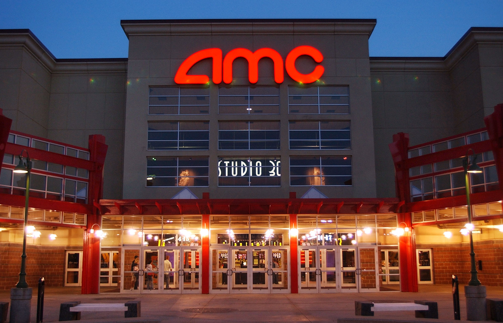 AMC THEATRES® – SAVE UP TO 40%