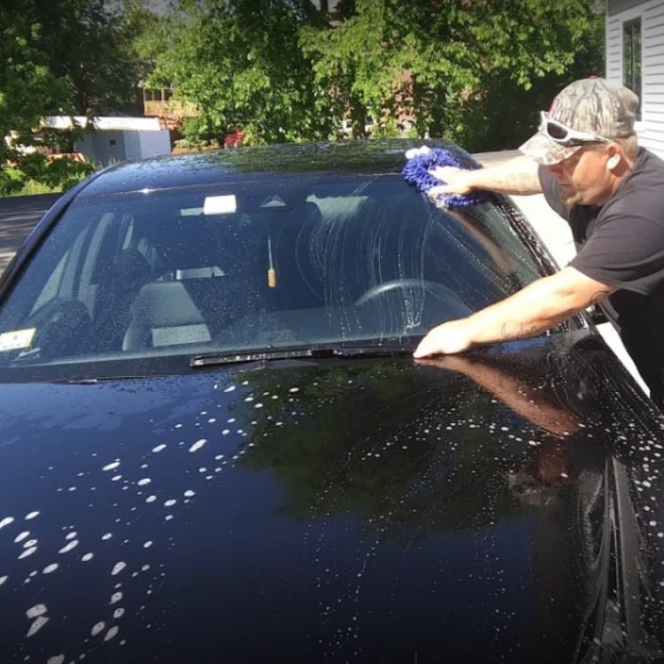 Smiths Auto Detailing offering $10 OFF a detail for BRAVEHEROES members